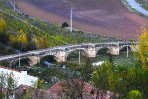 Puente medieval de Fuentidueña - pasos de viajera