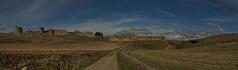 muralla fuentidueña - pasos de viajera